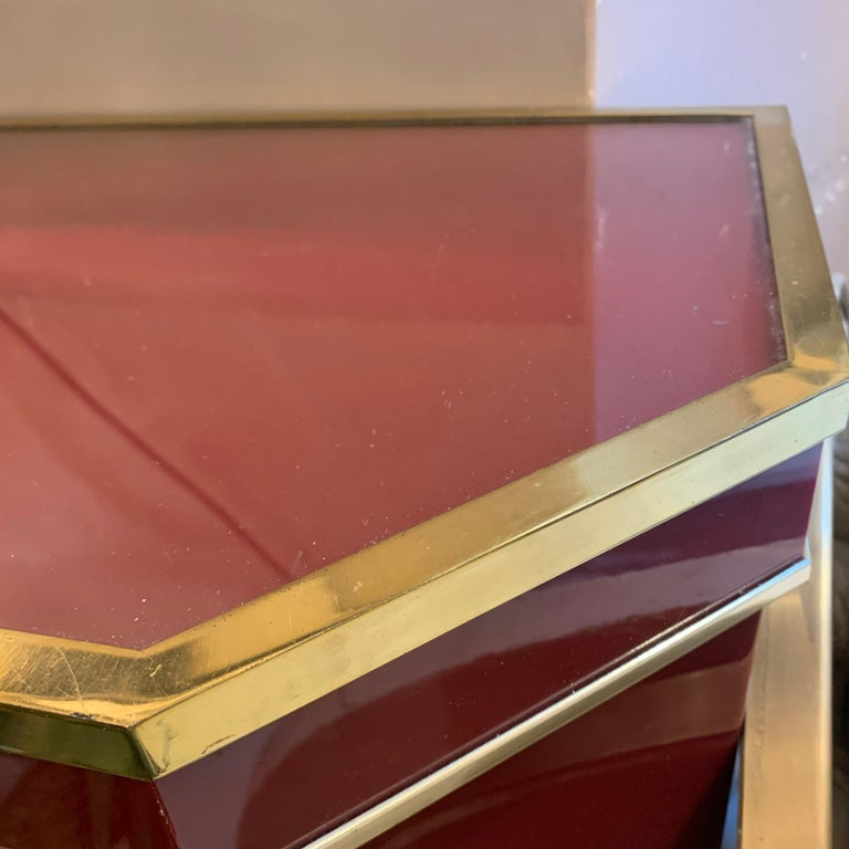 Italian Burgundy Lacquered and Brass Console Table, 1980s In Fair Condition In Florence, IT