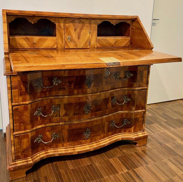 Louis XV Italian Burl Walnut Venetian Rococo Slant Front Desk, 18th Century For Sale