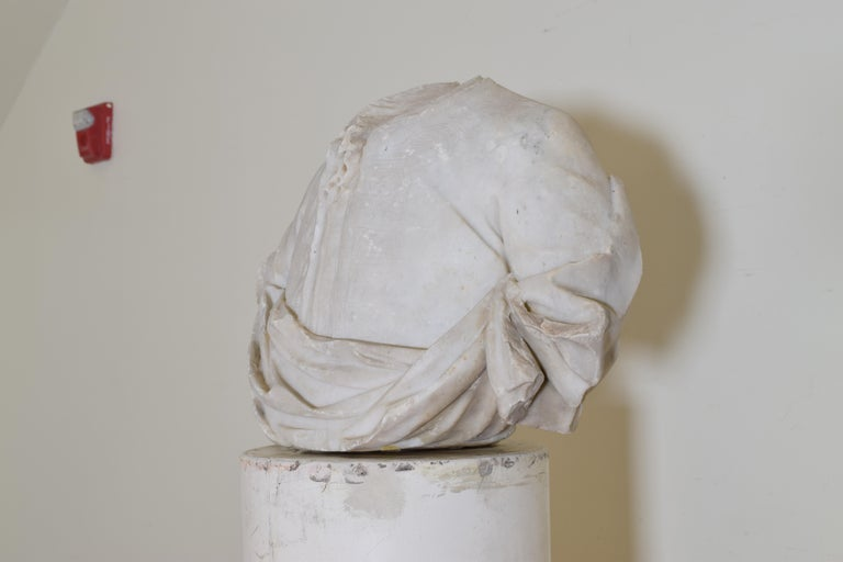 Italian Bust in Statuary Marble on Later Plaster Pedestal, 18th-19th Century For Sale 1