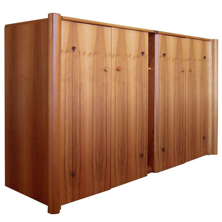 Italian Carlo Scarpa Boxwood Sideboard with 4 Doors and Inner Chest of Drawers For Sale 6