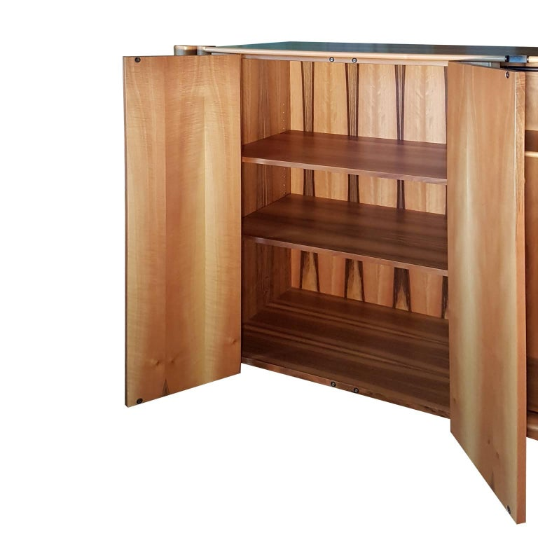 Post-Modern Italian Carlo Scarpa Boxwood Sideboard with 4 Doors and Inner Chest of Drawers For Sale