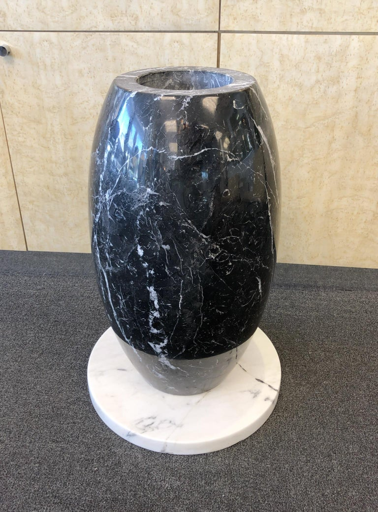 Modern Italian Carrara and Black Marble Dining Table  For Sale