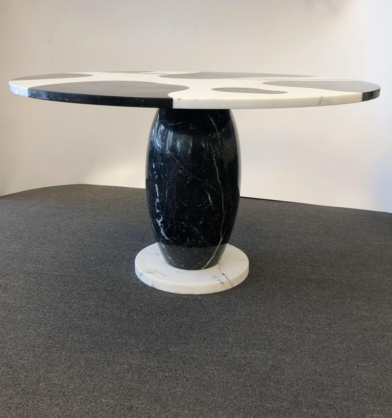 Italian Carrara and Black Marble Dining Table  For Sale 1