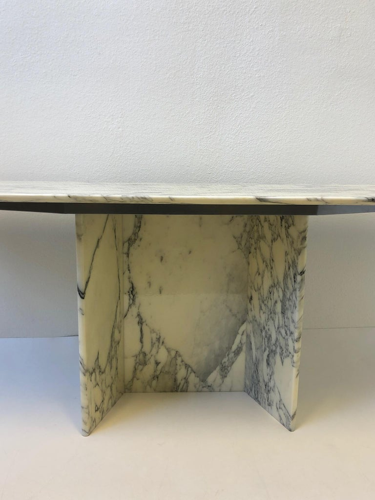 Italian Carrara Marble Console Table In Excellent Condition For Sale In Palm Springs, CA