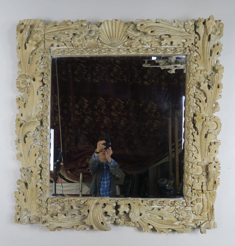 Italian Carved Bleached Walnut Acanthus Leaf and Shell Mirror For Sale 3