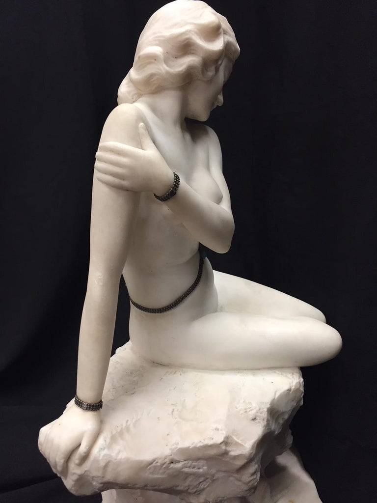 Italian Carved Marble Jeweled Nude Woman, 19th Century For Sale 7