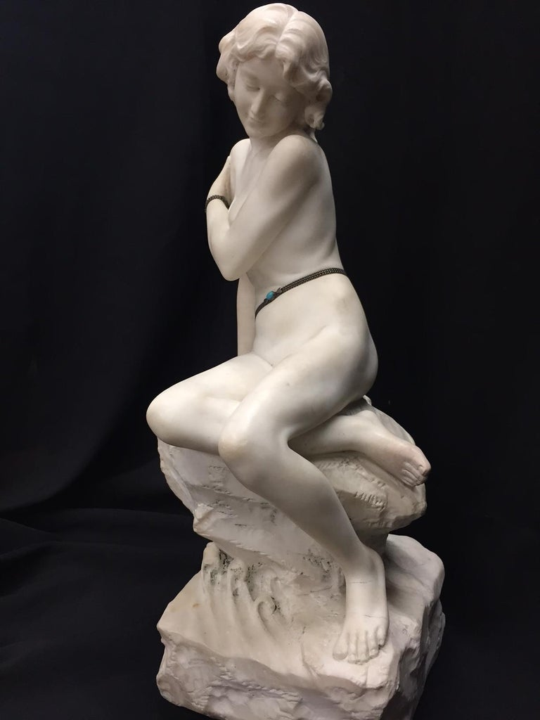 Italian Carved Marble Jeweled Nude Woman, 19th Century For Sale 2