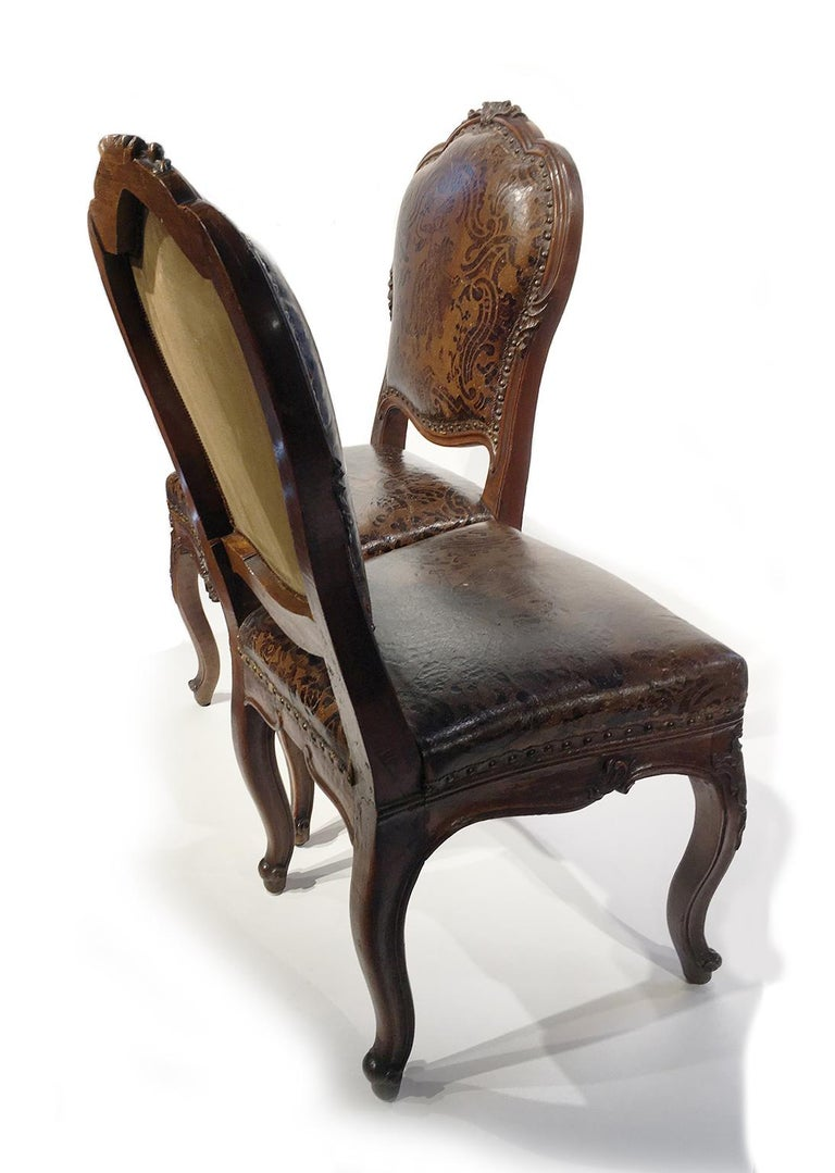 Rococo Italian Carved Walnut Chairs with Leather Covers, Milan, circa 1750 For Sale