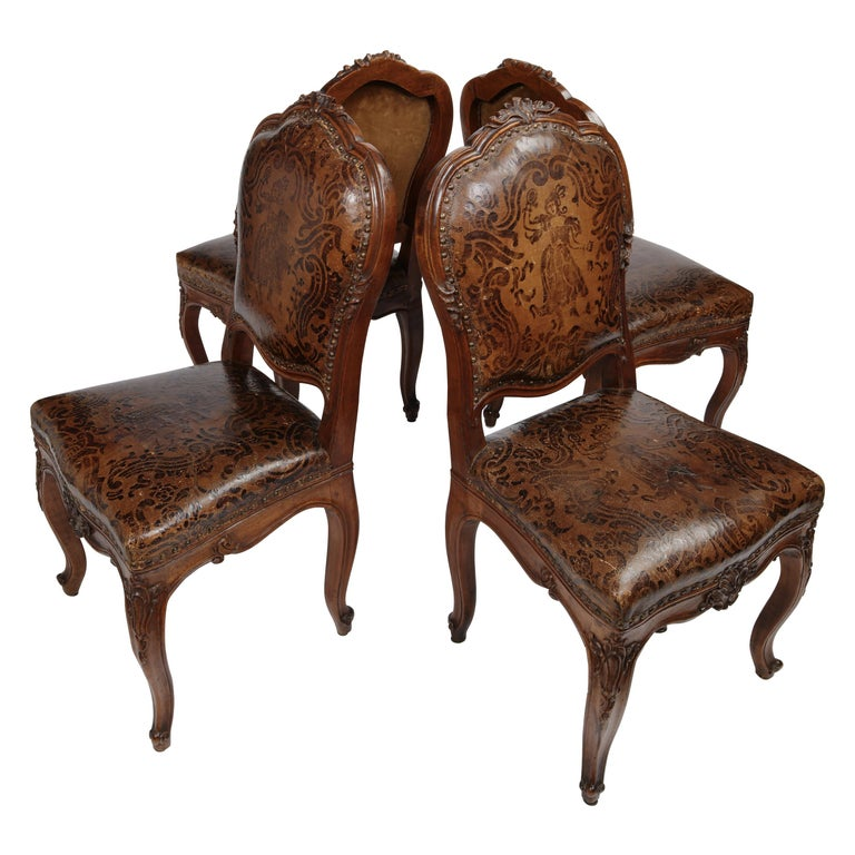 Italian Carved Walnut Chairs with Leather Covers, Milan, circa 1750 For Sale