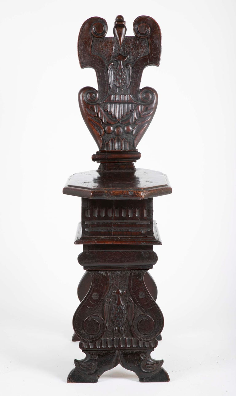 Italian Carved Walnut Sgabello Side Chair In Good Condition For Sale In Stamford, CT