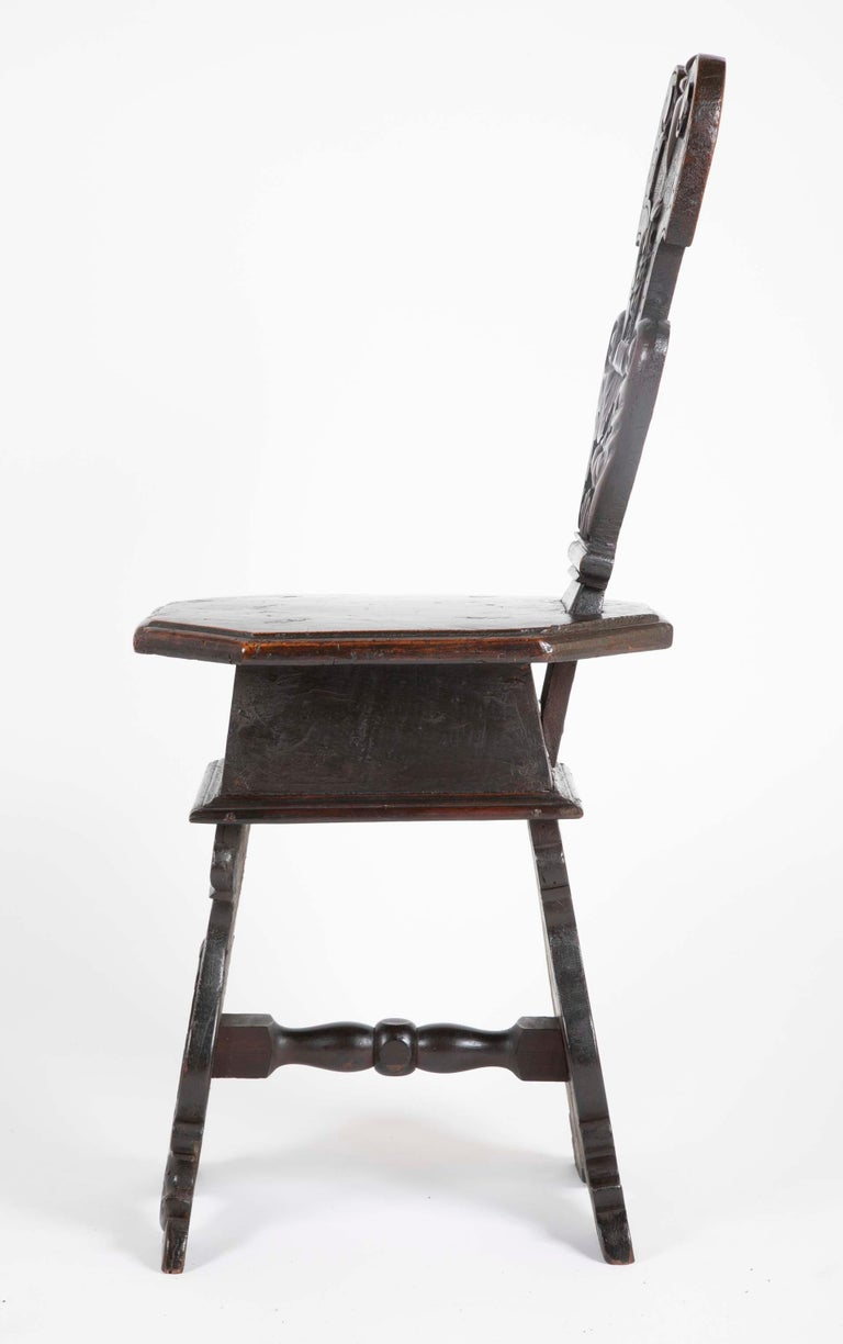 Italian Carved Walnut Sgabello Side Chair For Sale 4