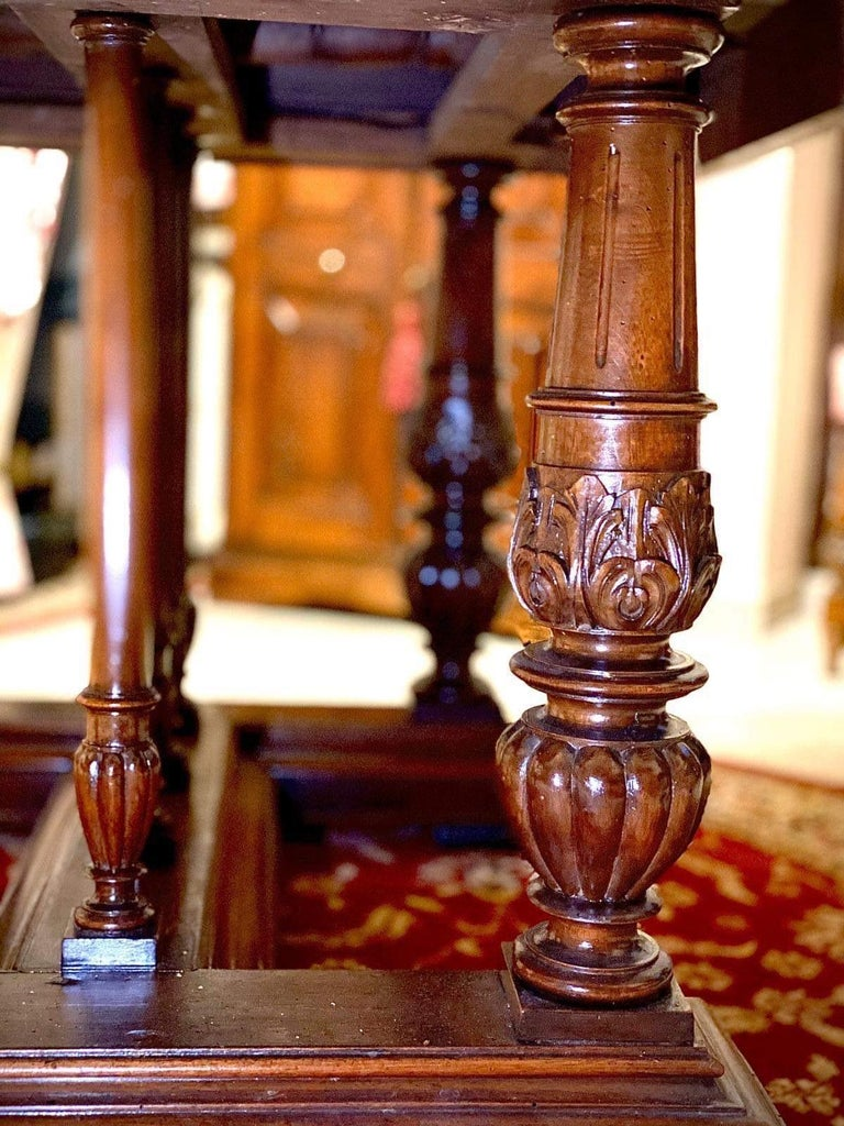 Late 19th Century Italian Carved Walnut Wood Renaissance Style Dining Center Table, 19th Century  For Sale