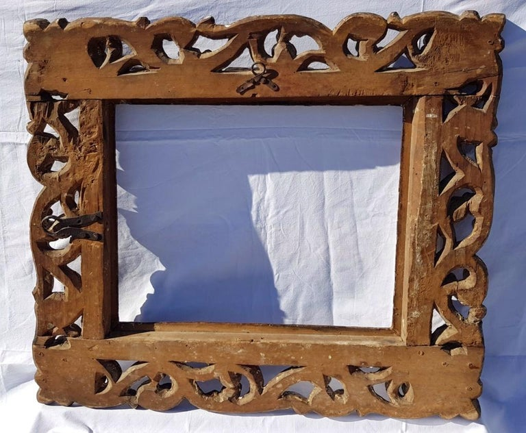 Italian Carved Wooden Frame, Italy, 17th Century, Florence Baroque Mirror For Sale 6