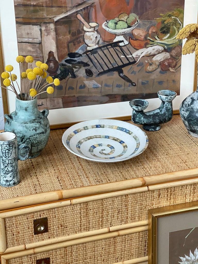 Hand-Painted Italian Ceramic Decorative Bowl by Bruno Gambone (circa 1980s) For Sale