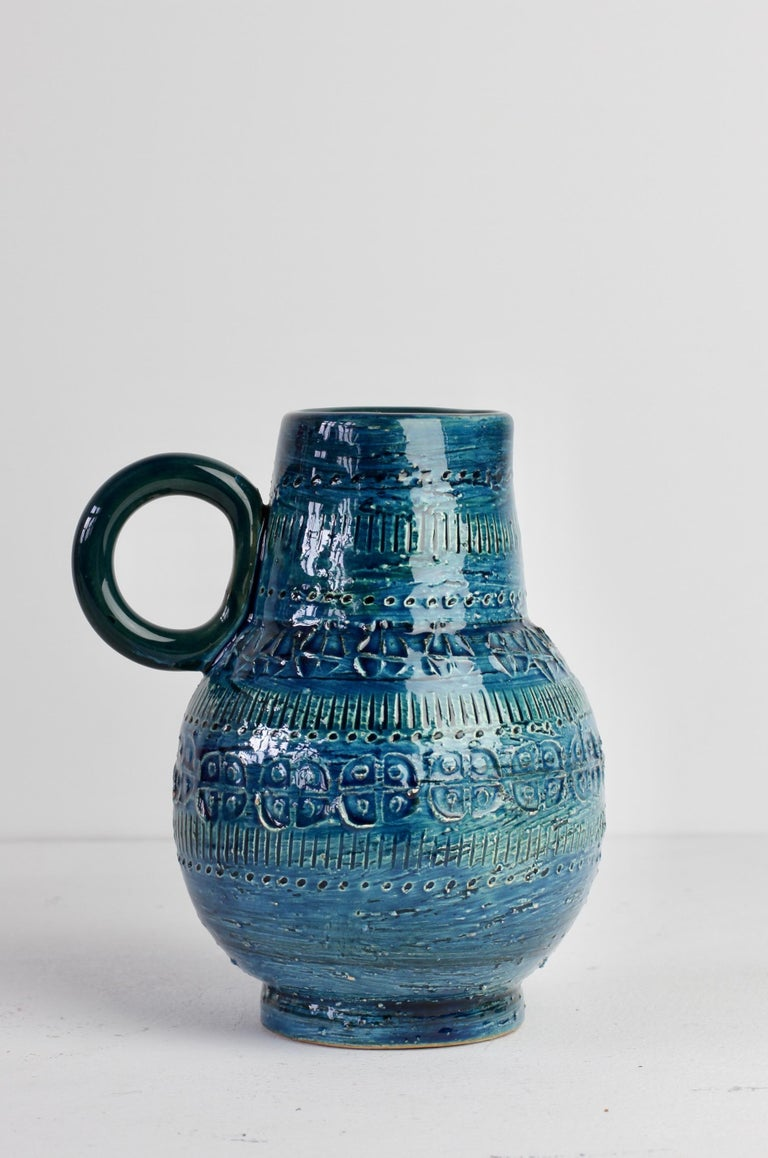 Embossed Italian Ceramic Rhimini Blue Vase by Aldo Londi for Bitossi, circa 1960s