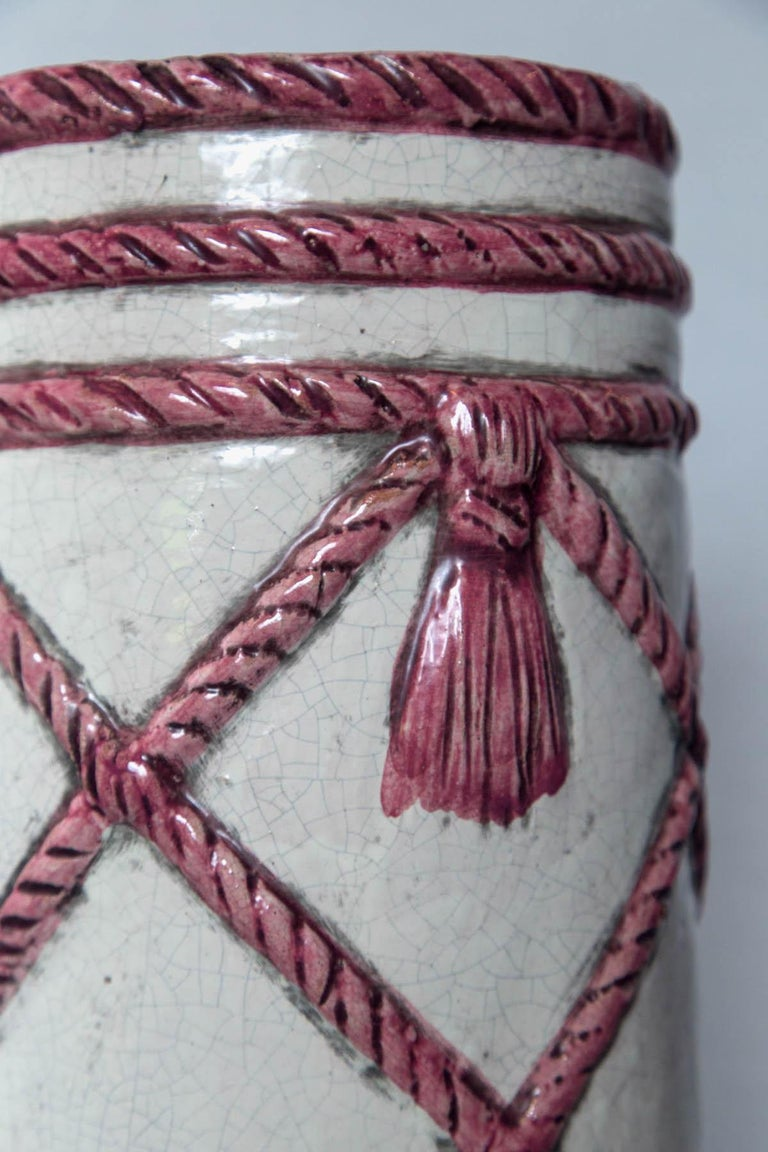 Italian Ceramic Umbrella Stand, Pink and White In Excellent Condition For Sale In Stamford, CT