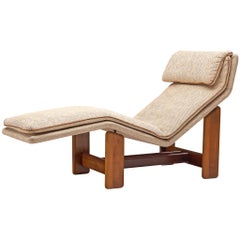 Italian Chaise Longue in Beige Fabric and Walnut by Mobil Girgi