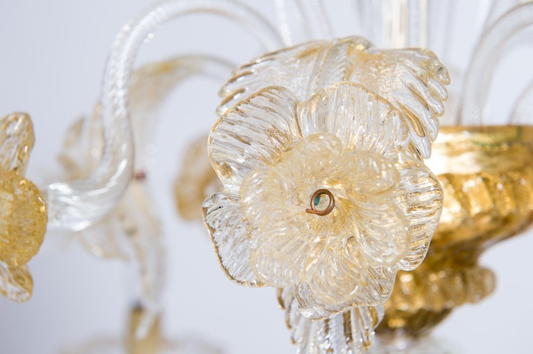 Italian Chandelier in Blown Murano Glass 24-Karat Gold Giovanni Dalla Fina 1980s For Sale 1