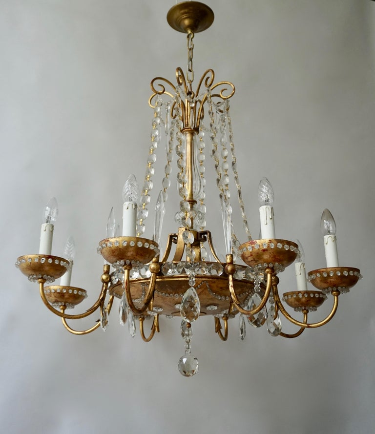 Italian Chandelier in Brass and Crystal For Sale 5