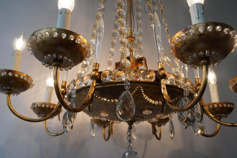 Italian Chandelier in Brass and Crystal For Sale 2