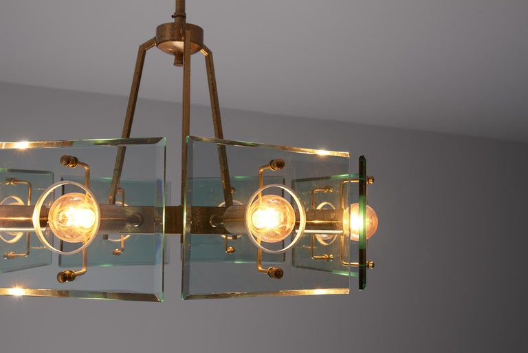 Italian Chandelier in Brass and Glass by Gino Paroldo In Good Condition For Sale In Waalwijk, NL