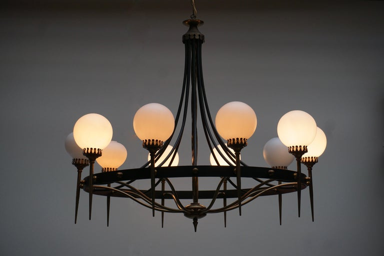 Italian Chandelier in Brass and Murano Glass For Sale 5