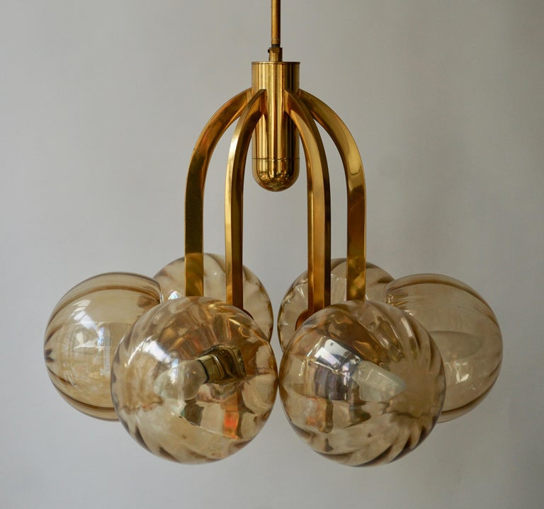 Italian Chandelier in Brass and Murano Glass For Sale 6