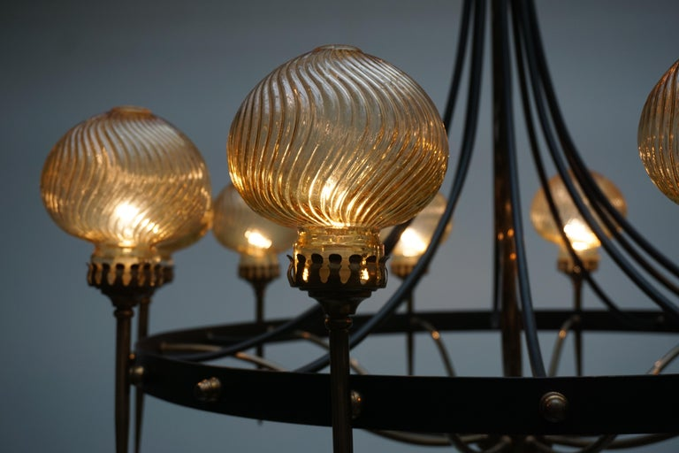 Italian Chandelier in Brass and Murano Glass For Sale 9