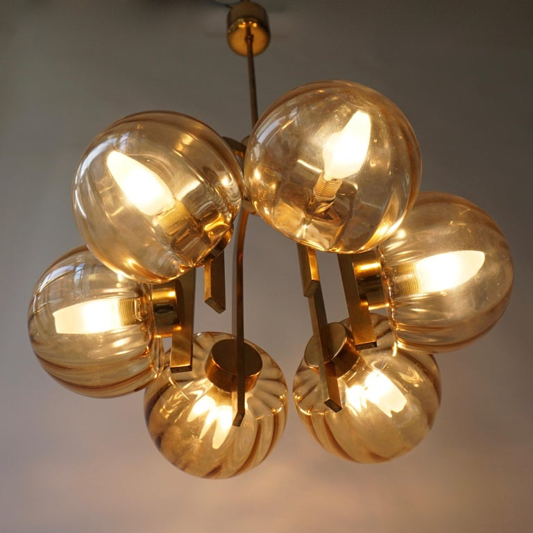 Italian Chandelier in Brass and Murano Glass For Sale 11