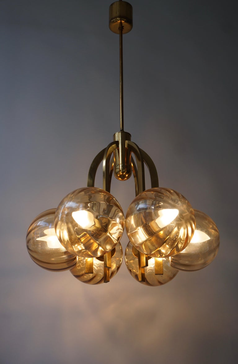 20th Century Italian Chandelier in Brass and Murano Glass For Sale