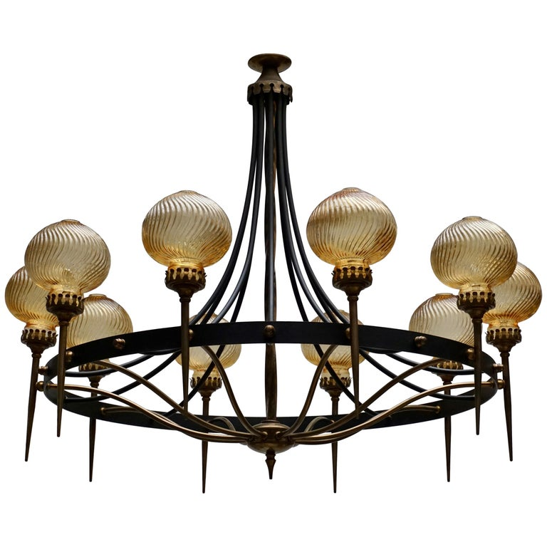 Italian Chandelier in Brass and Murano Glass For Sale