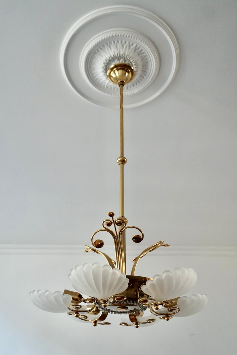 Italian Chandelier in Brass with Murano Glass Shells, 1970s For Sale 7