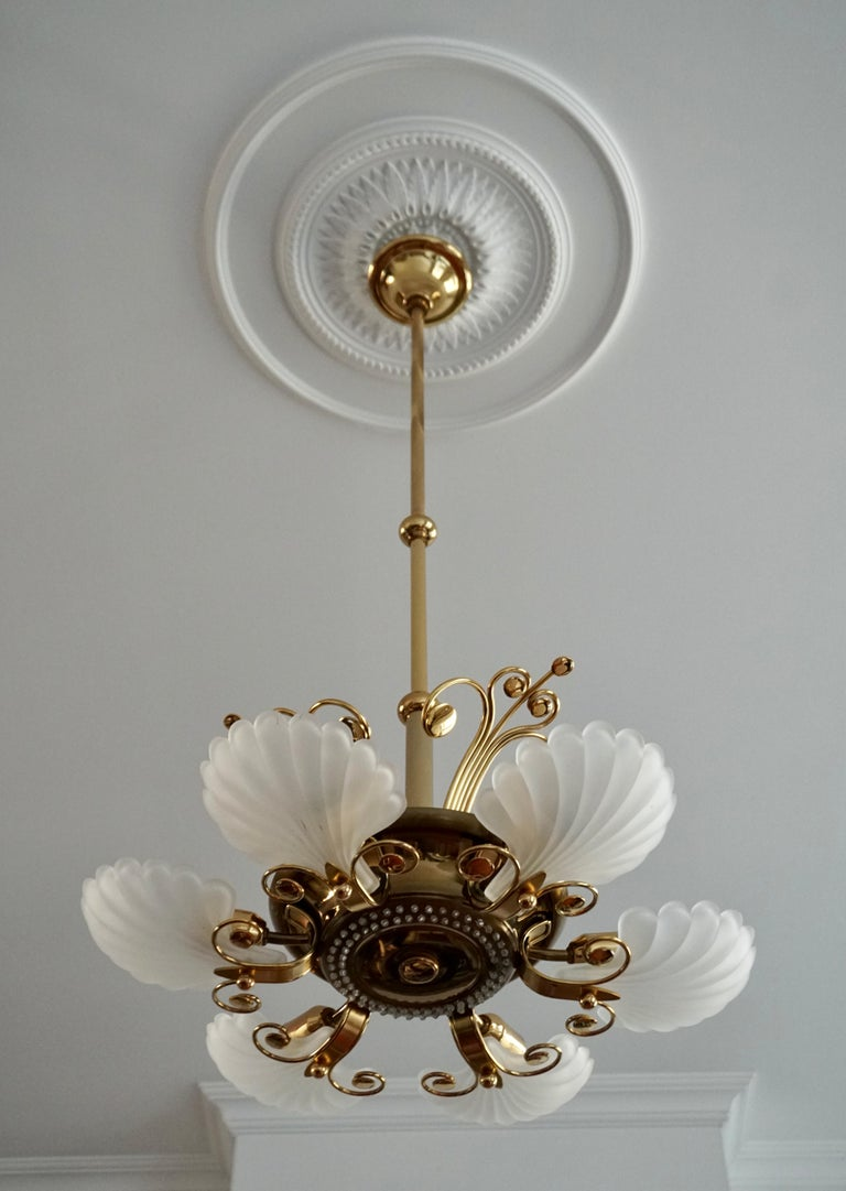 Italian Chandelier in Brass with Murano Glass Shells, 1970s For Sale 2