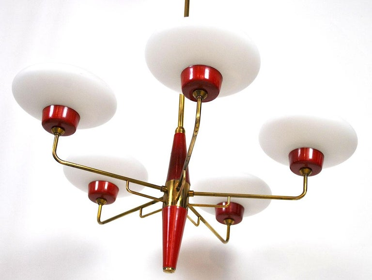 Italian Chandelier in Stilnovo Style in Brass and Opaline Glass, 1950s For Sale 4