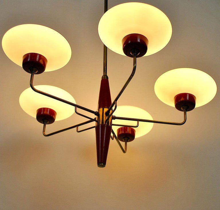 Italian Chandelier in Stilnovo Style in Brass and Opaline Glass, 1950s For Sale 9