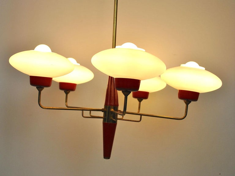 Italian Chandelier in Stilnovo Style in Brass and Opaline Glass, 1950s For Sale 10
