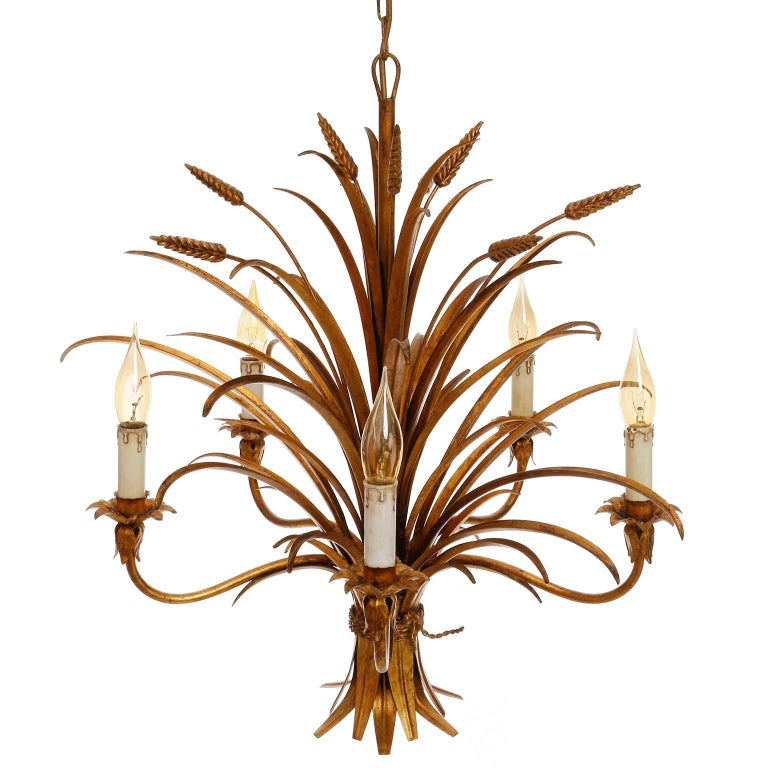 Italian Chandelier Pendant Light, Gilt Metal, 1970s In Good Condition For Sale In Vienna, AT