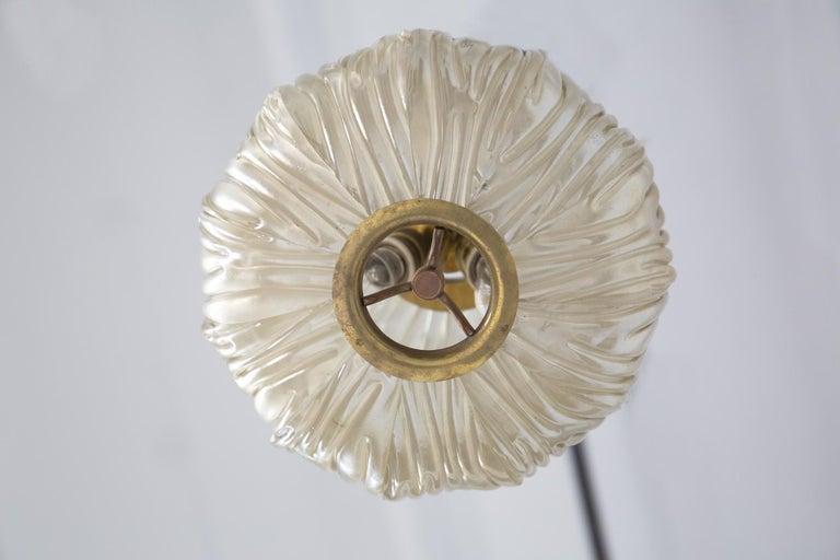 Italian Chandelier Venini Pendant in Irridescent White Glass For Sale 1