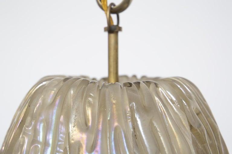 Italian Chandelier Venini Pendant in Irridescent White Glass For Sale 3
