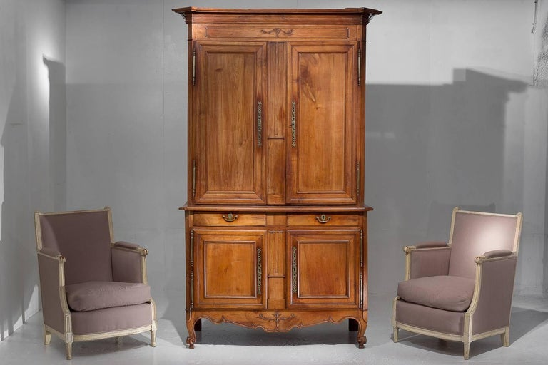 Handsome Italian cherrywood buffet deux corps with wonderful patina, circa 1800.