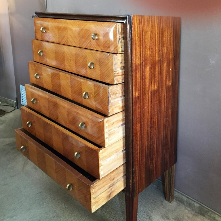 Mid-Century Modern Italian Chest of Drawers in Wood , 1940s
