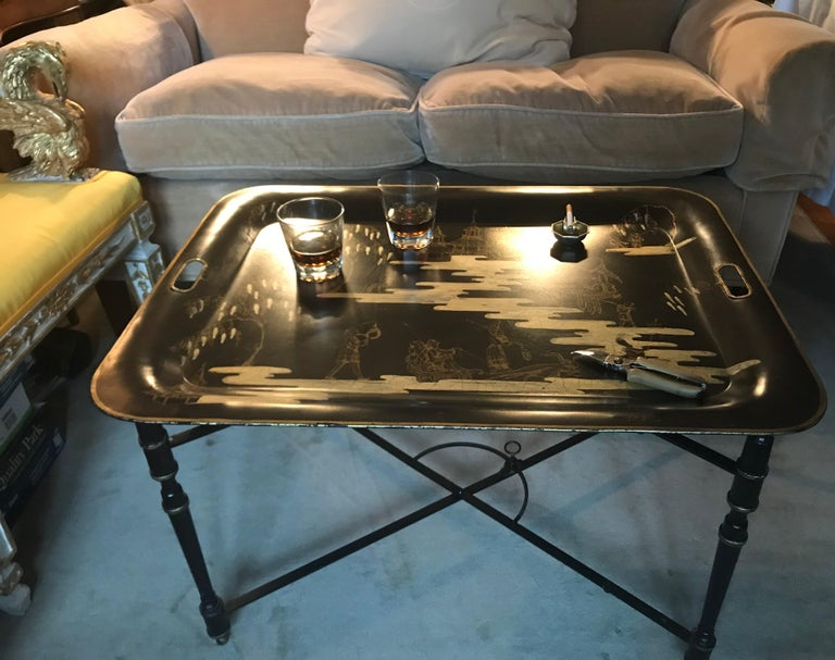 Italian Chinoiserie Tray Table In Good Condition For Sale In New York, NY