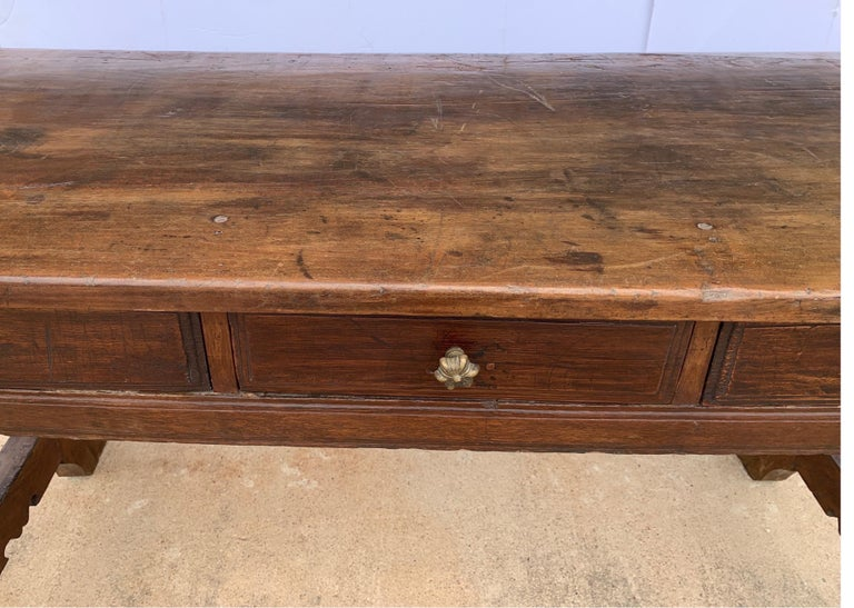 Italian circa 1650s Tuscan Console with Single Board Walnut Top and Three Drawer In Good Condition For Sale In Houston, TX