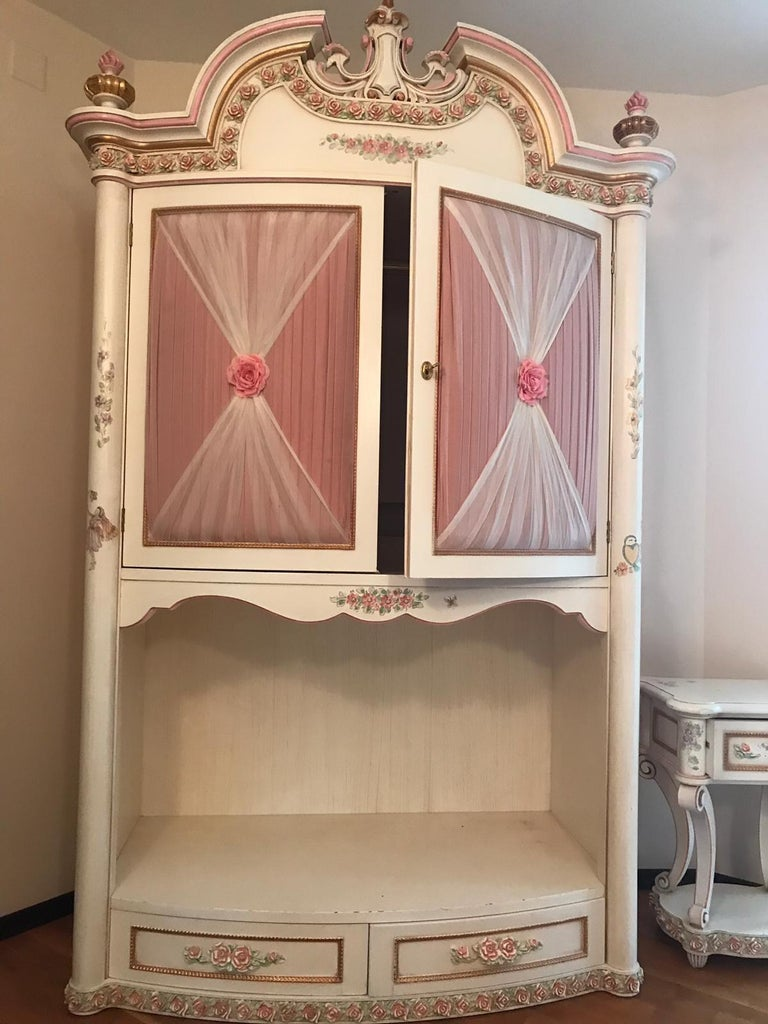 . Italian Classic Furniture Riva Mobili D arte Girl s Bedroom  Dolly   Collection