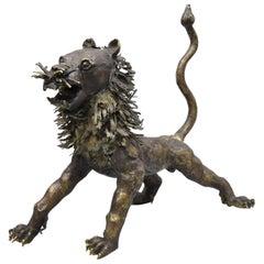 Italian Classical Lion Shield Concrete Lawn Ornaments Garden Sculpture, a Pair