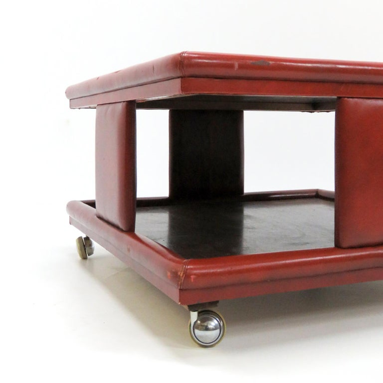 Italian Coffee Table, 1970 For Sale 1