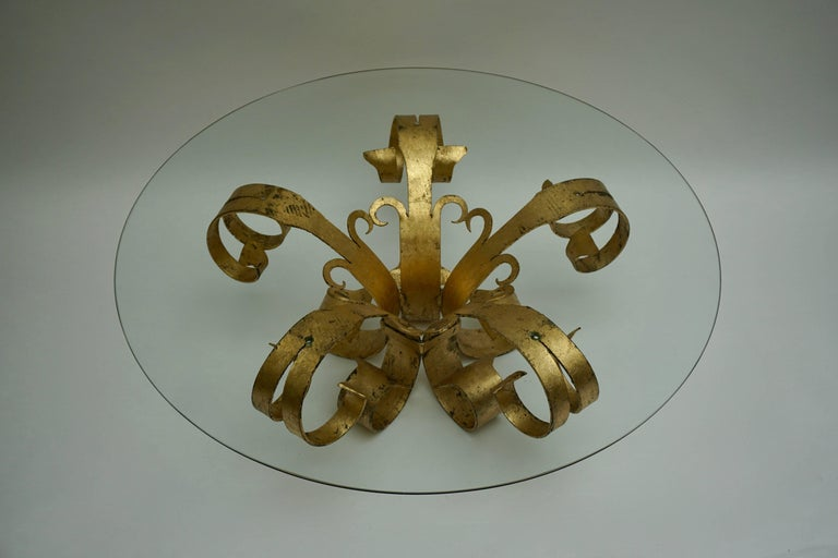 Italian Coffee Table in Glass and Gilded Metal  In Good Condition For Sale In Antwerp, BE