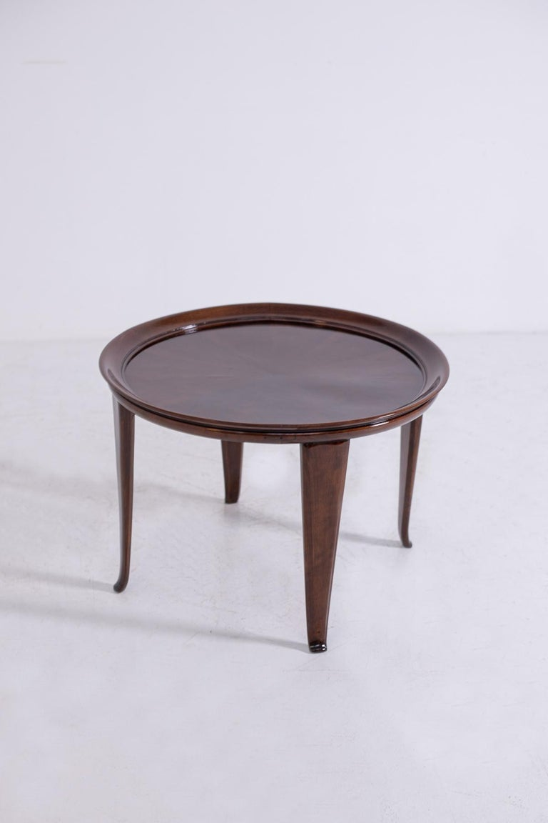 Italian Coffee Table in Walnut, Restored 1950s For Sale 8