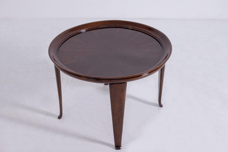 Italian Coffee Table in Walnut, Restored 1950s For Sale 1