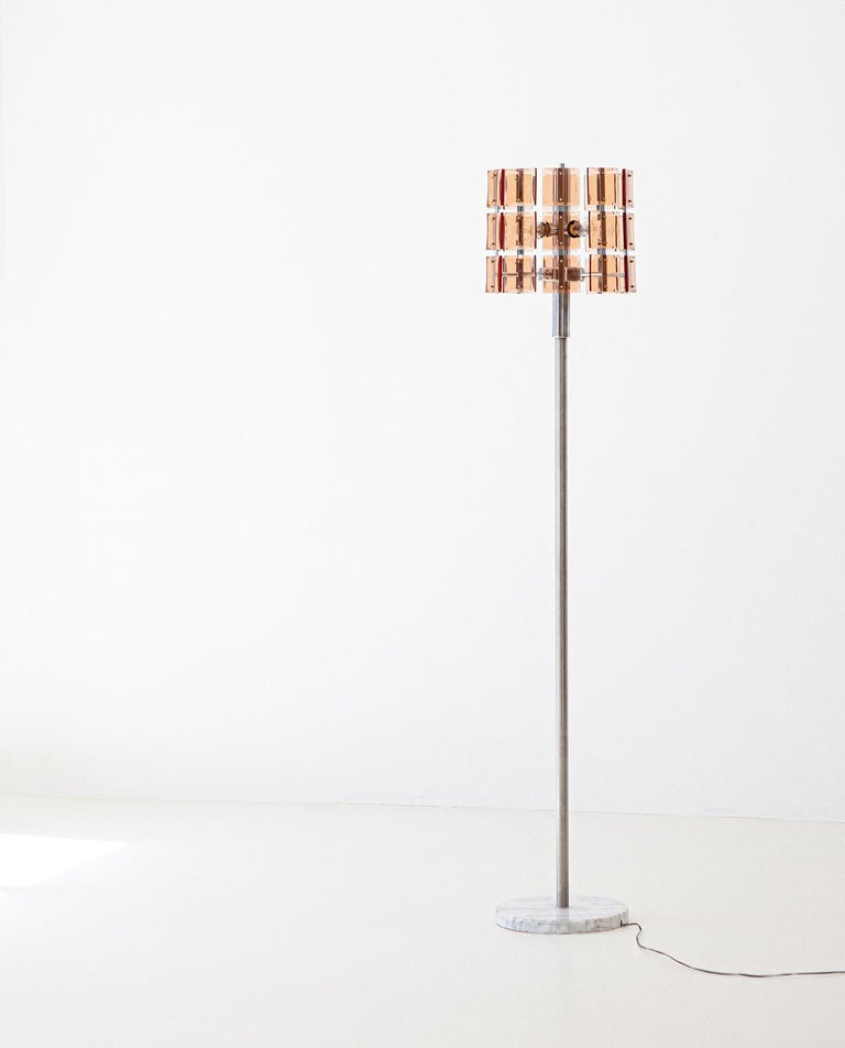 Italian Cognac Glass with Marble Floor Lamp, 1970s In Good Condition For Sale In Rome, IT